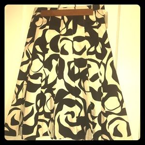 NWT Black & White H&M skirt